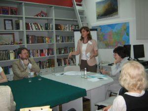 работа секции в Русском центре: выступает М. Стефанович