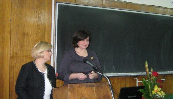 12 января 2012 г. Открытие встречи: участников приветствует декан филологического факультета А. Вранеш; выступление переводит В. Джапа-Иветич