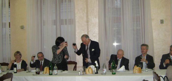 13 января 2012 г. За обедом: А. Вранеш и А.В. Конузин